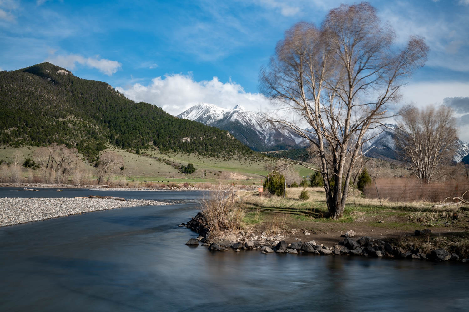 The banks of the Yellowstone River just south of Livingston, Montana